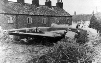 144 Sqn Hampden crash landing